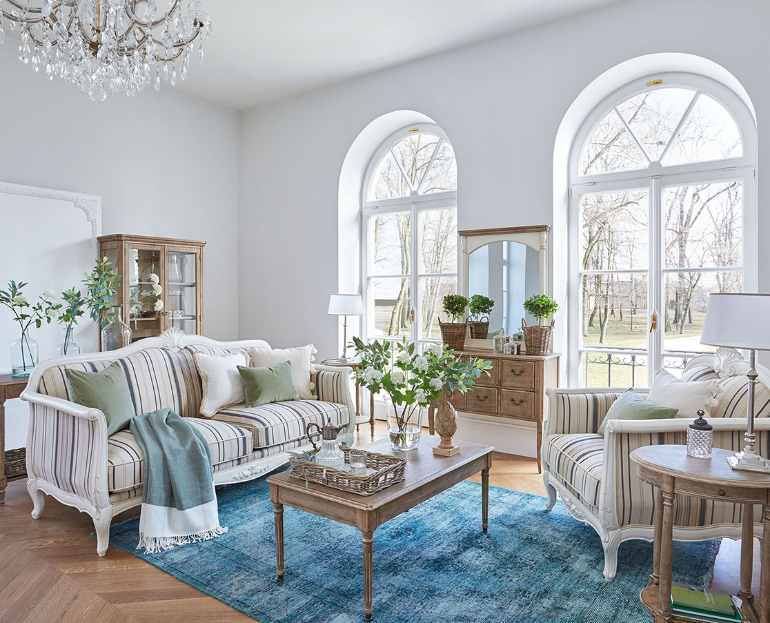 Ako zariadiť obývaciu izbu v provensálskom štýle?